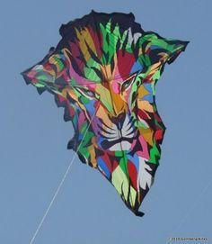 Lion kite at Thailand International Kite Festival Kite Surf, Go Fly A Kite, Kite Flying, Homemade Kites, Air Balloon, Balloons, Kites For Kids, Kite Designs, Candle In The Wind