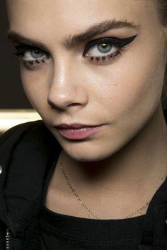 Cara Delevingne's eyebrows #eyes #makeup #beauty