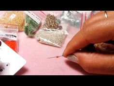 DIY Principianti- Aghi, fili, perline, come iniziare l'hobby delle perline - YouTube Beading Tutorials, Jewerly, Diy And Crafts, Jewelry Making, Beads, Creative, How To Make, Necklaces, Needlepoint