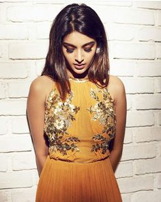 Nidhi Agerwal bollywood tempting insane beauty face unseen latest hot sexy images of her body show and navel pics with big cleavage and biki. Beautiful Bollywood Actress, Beautiful Indian Actress, Indian Celebrities, Bollywood Celebrities, Nidhi Agarwal Actress, Best Online Colleges, Girls Gallery, Indian Beauty Saree, Indian Models