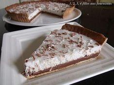 TARTE AU CHOCOLAT / MOUSSE COCO (Pâte : 120 g de beurre mou, 80 g de sucre glace, 1 gousse de vanille, 25 g de poudre d'amandes, sel, 1 oeuf entier, 200 g de farine) (GANACHE CHOCO : 20 cl de crème, 200 g de chocolat noir) (MOUSSE COCO : 20 cl de lait de coco, 2 feuilles de gélatine (4 g), 50 g de sucre, 50 g de noix de coco râpée, 2 blancs d'oeufs -environ 70 g-)