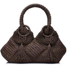 Marvelous Crochet A Shell Stitch Purse Bag Ideas. Wonderful Crochet A Shell Stitch Purse Bag Ideas. Crochet Shell Stitch, Bead Crochet, Crochet Hooks, Crotchet Bags, Knitted Bags, Crochet Handbags, Crochet Purses, Tapestry Design, Crochet Round