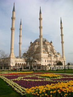 Sabancı Central Mosque in Adana, Turkey Sabanci Central Mosque in Adana, Turkey Places Around The World, The Places Youll Go, Places To Go, Around The Worlds, Mosque Architecture, Art And Architecture, Beautiful Architecture, Beautiful Buildings, Beautiful World