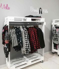 muebles de palets - perchero vestidor de palets