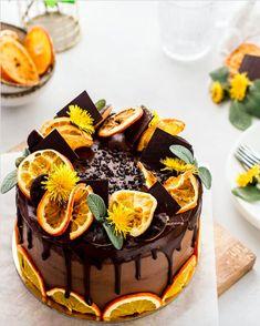 Chocolate and Orange Vanilla Cake – Cake 2020 Baking Recipes, Cake Recipes, Dessert Recipes, Whole30 Recipes, Crockpot Recipes, Chicken Recipes, Dinner Recipes, Chocolate And Vanilla Cake, Chocolate Orange