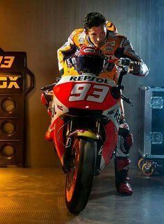 Marc Marquez ❤ Marc Marquez, Motorcycle Suit, Harley Davison, Valentino Rossi, Formula One, Sport Bikes, Motogp, Hot Wheels, Honda