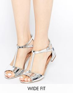 Image 1 of New Look Wide Fit T Bar Flat Sandals