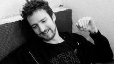 Frank Turner his music makes me happy Don Mclean, Will Turner, Pretty Boys, Beautiful Men, Interview, Singer, T Shirts For Women, Music, Bands