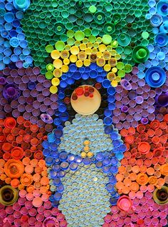 Plastic Bottle Cap Art by pinterest.com/jueyj