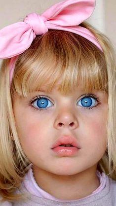 Cute Little Girl Dresses, Cute Little Baby, Cute Girl Outfits, Little Babies, Cute Kids Photos, Cute Baby Girl Images, Baby Pictures, Baby Faces, Cute Faces