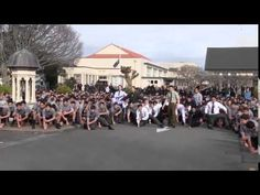 Palmerston North Boys' High School in New Zealand honoured their beloved teacher Dawson Tamatea by performing the traditional haka dance at his funeral. Funeral, Farewell Speech, Good News Stories, Kiwiana, Teacher Favorite Things, High School Students, New Zealand, At Least, The Incredibles