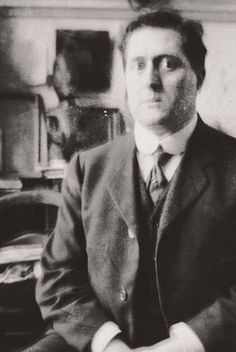 Guillaume Apollinaire -    French poet, playwright, short story writer, novelist, and art critic of Polish descent.