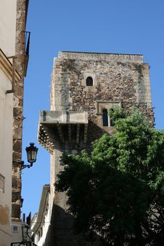 Torre de los Espaderos, Cáceres. San Francisco Javier, Portugal, Running Of The Bulls, Medieval Tower, Cities, South Of Spain, Andalucia, Spanish Style, Spain Travel