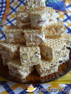 Nugat Torrone Turron w wafelku Gourmet Recipes, Cookie Recipes, Torrone Recipe, Lemon Mousse, Waffle Cake, Wafer Cookies, No Bake Desserts, Italian Recipes, Food Print