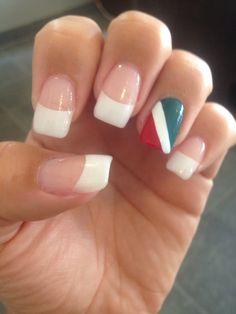 Italian Flag Flag Nails, Make Me Up, How To Make, Chic Nails, Mani Pedi, How To Do Nails, Pretty Nails, Nail Designs, Nail Polish