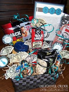 Men gift baskets - several ideas. I love this for fathers day!