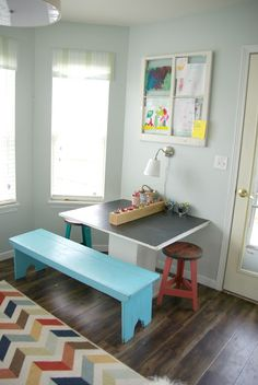 Lovely DIY kids art table that you don't have to worry about getting destroyed! great idea for a small bedroom or play room. Spring Home Decor, Diy Home Decor, Kids Art Table, Girls Bedroom Colors, Design Light, Coastal Decor, Coastal Rugs, Coastal Bedding, Modern Coastal