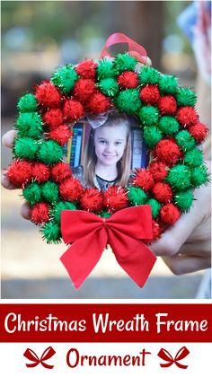 Christmas Wreath Frame Ornament Homemade Gift - Christmas Craft For Kids - Christmas Wreath Frame Ornament - Easy, Inexpensive Homemade Gift #kidcrafts #christmascraft #SundaeFunday