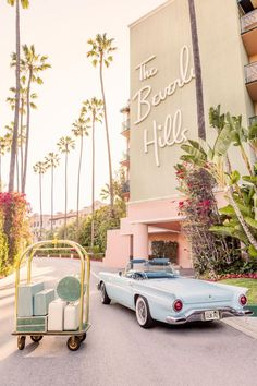 Savor every moment of your stay at THE BEVERLY HILLS HOTEL from the Gray Malin at The Beverly Hills Hotel series, shot at the beloved Los Angeles property. Collage Mural, Bedroom Wall Collage, Photo Wall Collage, Wall Collage Decor, Wall Art, Aesthetic Collage, Aesthetic Rooms, Pink Aesthetic, Travel Aesthetic