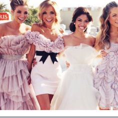 Perfect lilac bridal party!