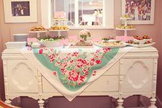 Sweet 16 party! tartertots and jello