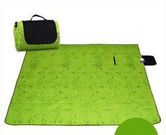 Large outdoor dampproof mat a pattern of peacock feathers thickening widened waterproof picnic mat *** Click image to review more details.(This is an Amazon affiliate link)