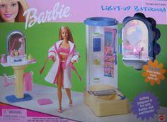 Barbie Light-Up Bathroom Playset by Mattel, 1999 Barbie 1990, Mattel Barbie, Barbie And Ken, Barbie Dolls, Barbie Dream, Barbie House, Dream Doll, Barbie Furniture, Barbie Bathroom