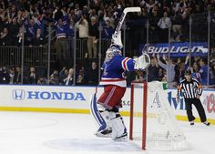 New York Rangers goalie Henrik Lundqvist (30) reacts as time winds off the clock to give the New York Rangers a 1-0 win over the Montreal Canadiens in Game 6 of the NHL hockey Stanley Cup playoffs Eastern Conference finals, Thursday, May 29, 2014, in N