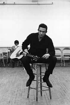 Johnny Cash, The Man in Black. Country singer with a punk rock attitude. Johnny Cash June Carter, Johnny And June, Johnny Cash Poster, Country Singers, Country Music, Music Is Life, My Music, Music Stuff, Rockabilly
