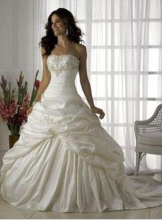 I would feel like Cinderella! <3