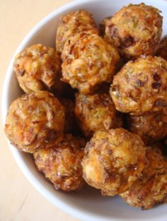 Vegetable Manchurian-           Ingredients: 2 cups finely chopped capsicum, cabbage, carrot, beans and spring onion whites (packed cups) 2 tbsps maida/all-purpose flour 2 tbsps cornflour 1/2 tbsp rice flour 1 tbsp ginger-garlic-green chilli paste 1/4 tsp soy sauce 1/