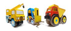 Amazing handmade big construction toys made of cardboard. MAXILLAMA TOYS by CARTON LLAMA!