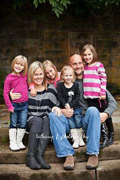 Family of 6 pose photography (Bethany F Photography)