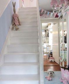 Anke lelofee - stairs - on Shabbilicious Sunday at Shabby Art Boutique