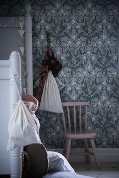 Interior Wallpaper, Home Wallpaper, Boho Wedding Gown, Kidsroom, Wall Colors, Hanging Chair, Girls Bedroom, Sweet Home, Living Room