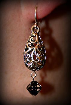 "*NEW* Earrings ""DROPS OF VERVAIN"" http://www.chameleonbydesign.org"