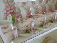 Royal Albert Apple Blossom Time