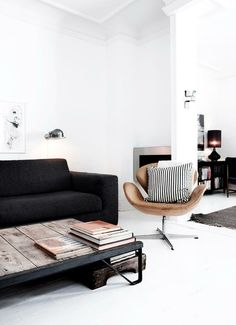 Modern Scandanavian interior - I NEED THIS CHAIR.