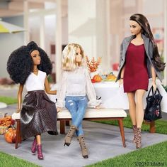 Celebrating with a few of my favorite ladies! These Daylene booties are a perfect way to kick off the Holiday season. See all of my must-have November styles from with the link in my bio. Barbie Life, Barbie World, Barbie And Ken, Pink Barbie, Vintage Barbie Clothes, Doll Clothes, Barbies Pics, Barbie Diorama, Barbie Makeup