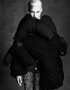 Vogue Japan September 2014 | Linda, Claudia, Stephanie + Mais por Luigi