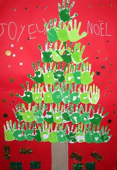 Kids' Crafts ~ Paint a tree using only hands and paint. and with time for collective cleanup 😀 Preschool Christmas, Christmas Activities, Christmas Crafts For Kids, Christmas Projects, Winter Christmas, Christmas Themes, Kids Christmas, Handmade Christmas, Holiday Crafts