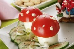 Ciupercute din oua umplute cu rosii - Culinar.ro