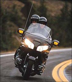 Goldwing- yeah love doing this! Honda Motorcycles, Cars And Motorcycles, Taxi Moto, Goldwing Trike, Motos Harley Davidson, Motorcycle Travel, Touring Bike, Ferrari Car, Hot Bikes