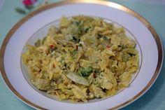 Ovos Mexidos com Alface - Resolvi misturar tudo e ficou bom! http://grafe-e-faca.com/pt/receitas/ovos/ovos-mexidos-com-alface/