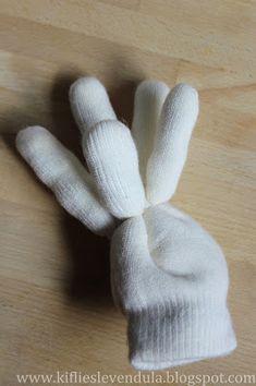 Kifli és levendula: november 2015 Gloves, November, Christmas, November Born, Mittens