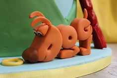 word-world-dog-figurine by Amanda Oakleaf Cakes, via Flickr  CLEVER!