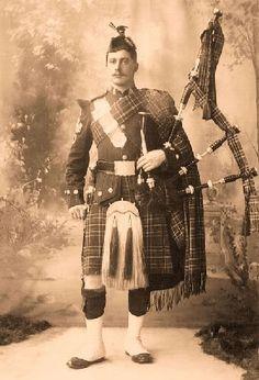 +~+~ Antique Photograph ~+~+   Canadian Scottish Regiment Piper