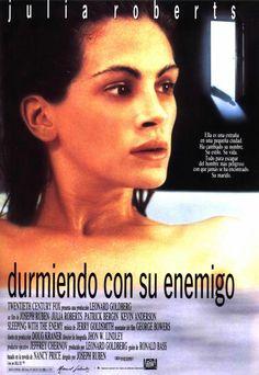 8. Sleeping with the Enemy (Durmiendo Con El Enemigo) (1991). Drama y suspenso muy recomendable