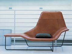 Zanotta's Lama armchair. Available at Showroom MOOD, Warsaw.