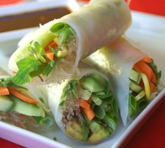 Fresh Spring Rolls with Wasabi Ginger Dipping Sauce - Low calorie and gluten free. Super easy but delicious and fun lunch idea. #springrolls #lowcalorie